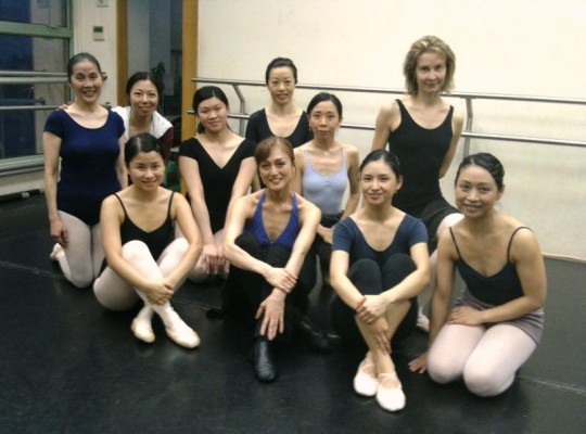 Ballettgruppenstunde an der Hong Kong Youth Ballet Academy