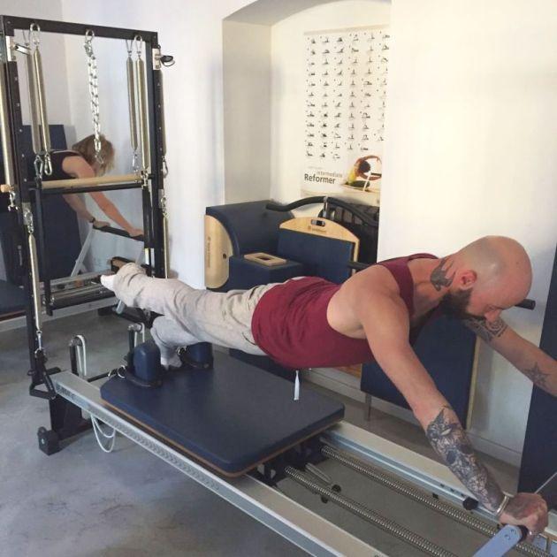 web STOTT Pilates Reformer for Men